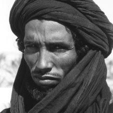 portrait d'un jeune touareg